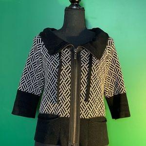 Kenneth Cole. 🌹 collar/pockets. Warm & cute!